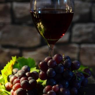 wine-glass-951223_1920